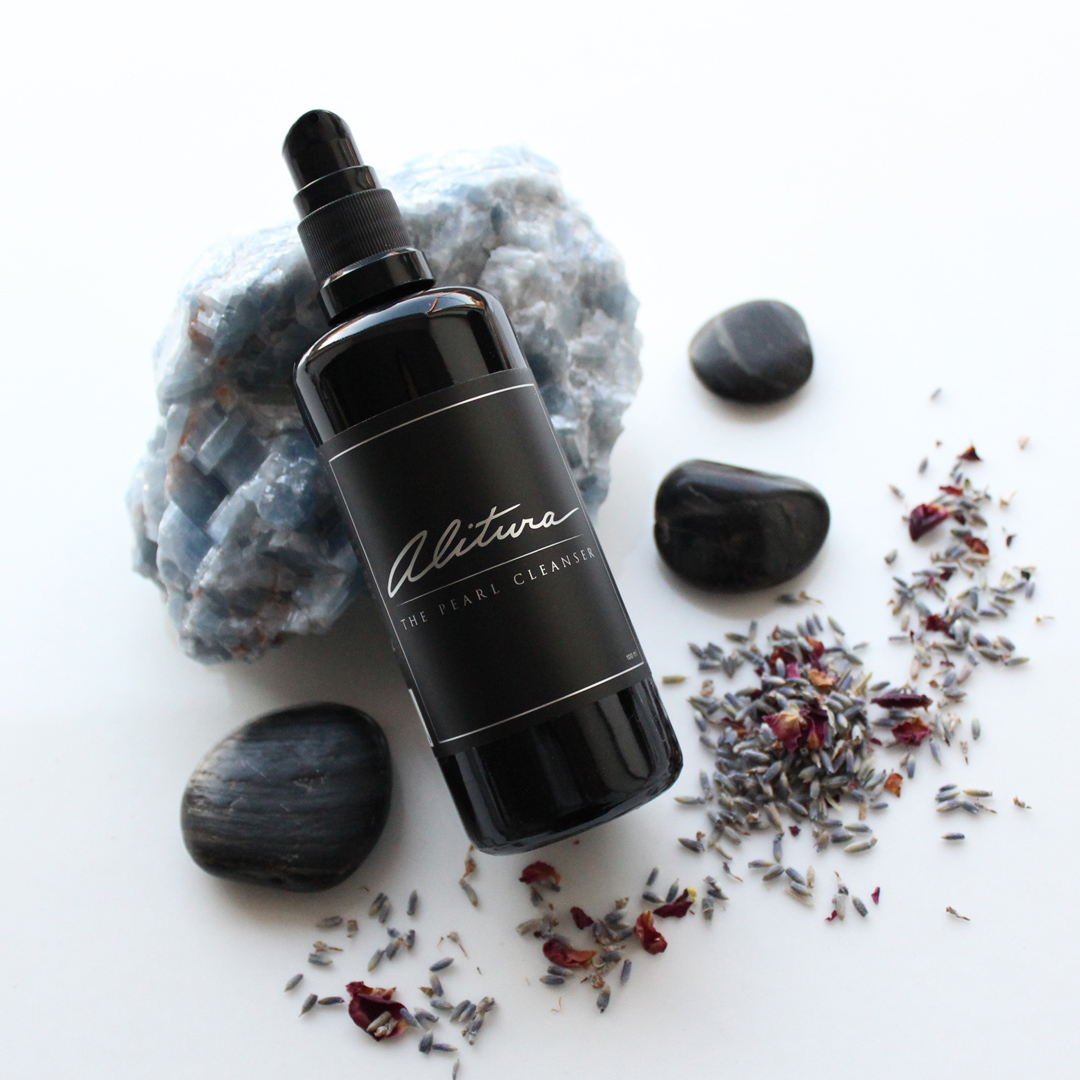 The Alitura Pearl Cleanser
