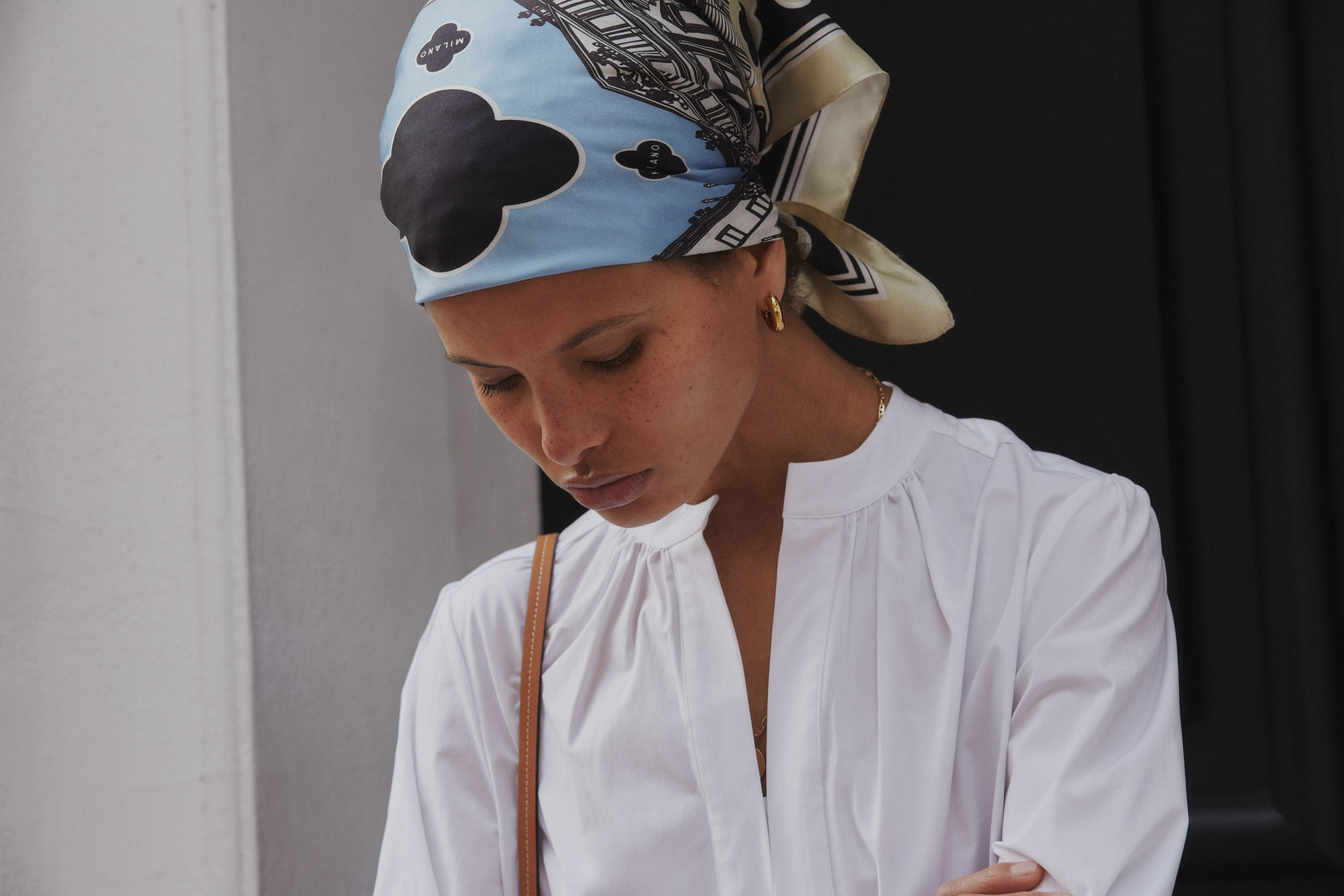 From Sketch To Scarf: The Story Behind Câllas Milano's First Foulard