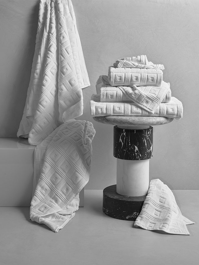 Astoria White Towels