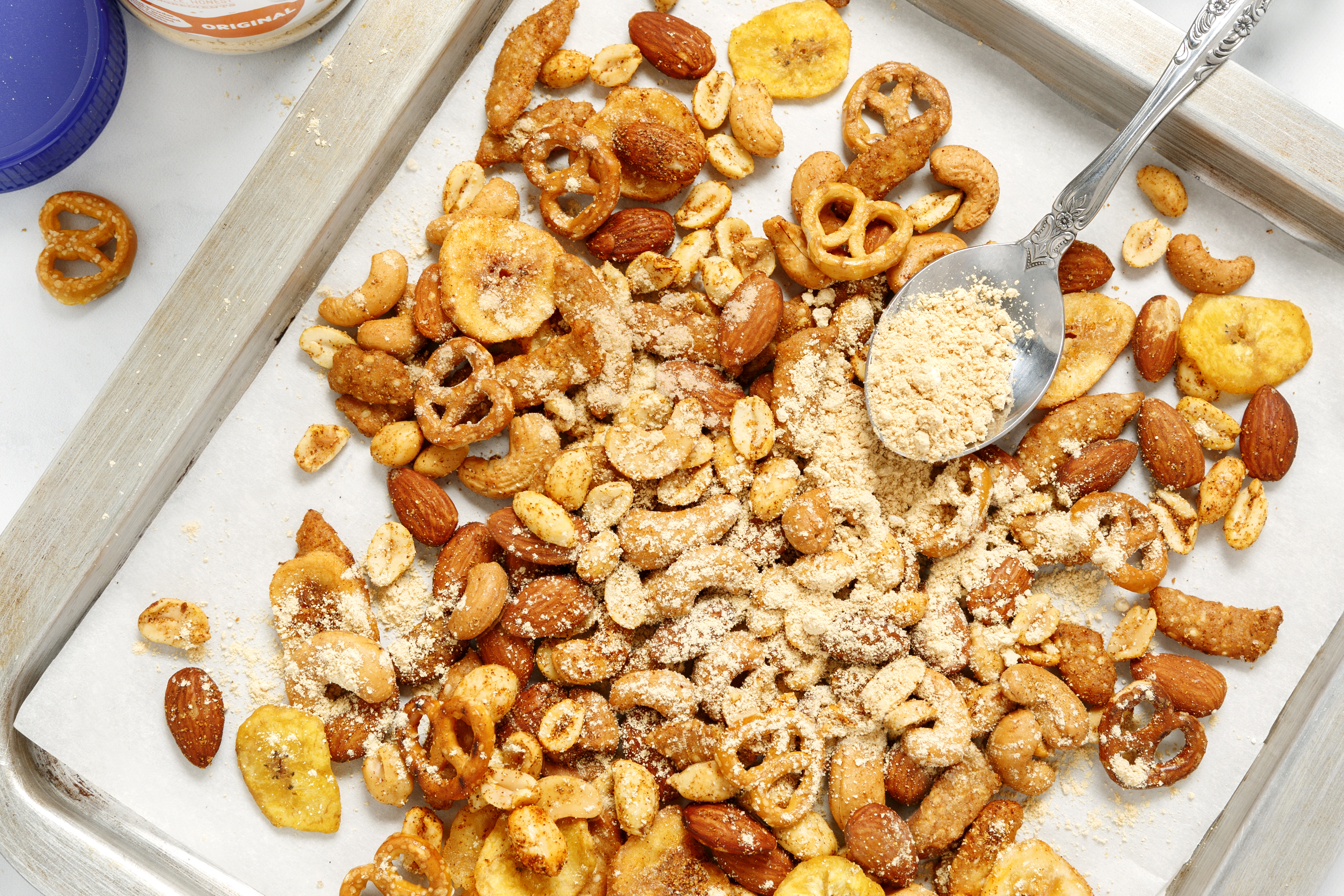 Spicy Peanut Butter Snack Mix